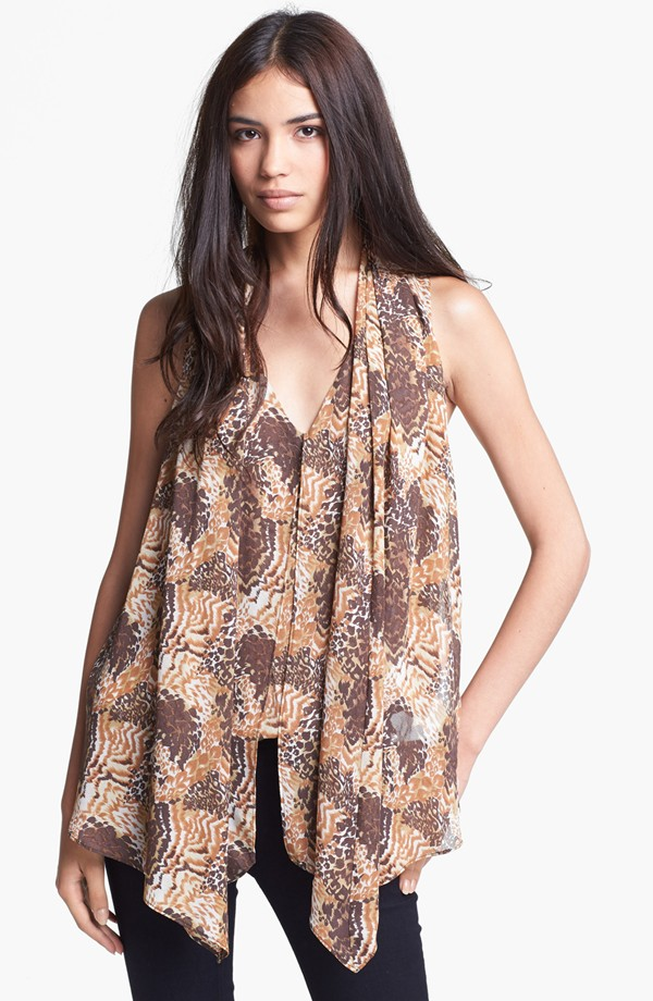 Ladies' new summer fashionable print v-neck short sleeve blouse
